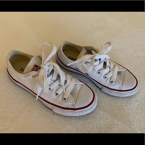 White converse kids 10.5 like new condition